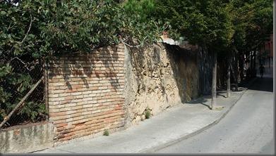 Una paret és un mur o l'inici de...